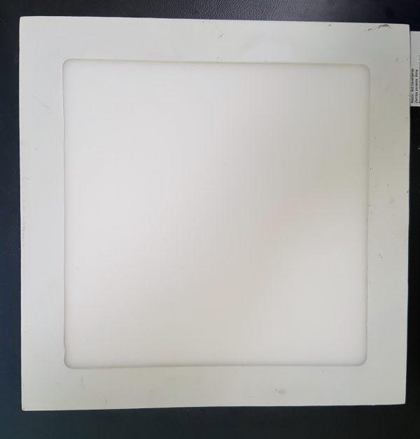 1371 Led panel 18W kvadrat ugradni
